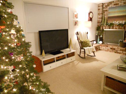 Christmas decor 2010 059